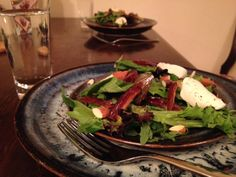 arugula salad with dates and almonds