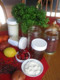 Yogurt & oats face cleaner / Parsley & sour cream face mask / Cranberry & honey toner