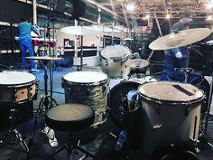 Last concert in Rome :) #drummingco #vf15 #beat #drumsoutlet #beatsdaily #drumstagram #drums #dailygroove #groovy #drumming #drum #repostdrummer #drumset #bestmusicshots #drumsticks #drumporn #talnts #dailybeat #drummer #instabeat #drumscripts #groove #drumfam #instagood #instadaily #music #iphonesiab #me by red_oak4