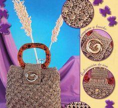 Uncinetto, macramè e patchwork: una borsa piena di fantasia