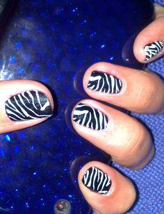 cebra blanco negro Print Tattoos, Nail Art, Nails, Painting, Black White, Finger Nails, Ongles, Painting Art, Nail