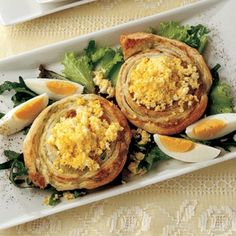 fava bean pinwheels with egg crumbles girelle di sfoglia con fave e mimosa Fava Beans, Pinwheels, Finger Foods, Eggs, Cheese, Breakfast, Ethnic Recipes, Breakfast Cafe, Finger Food