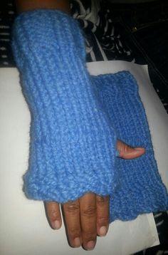 Easy loom knit fingerless gloves.