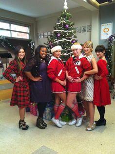 Quinn und Santana haken Glee