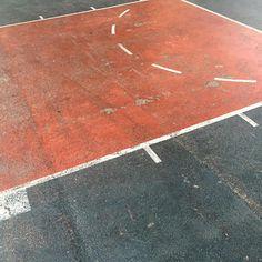 Joe Di Maggio Highway, NYC. // #k1x #parkauthority #nationofhoop #playhard #since93 #onecourtatatime #basketball #streetball #hoopdreams #shootinghoops #unlimitedballer #basketballgame #basketballislife #nyc #newyork #newyorkcity
