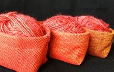 Rusty red little pots Basket Organization, Craft Items, Stitches, Pots, Workshop, Sewing, How To Make, Fabric, Red
