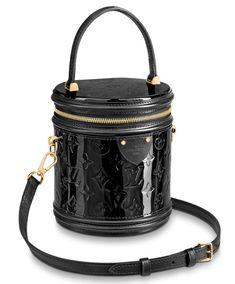 Image about fashion in Bag 👜 or Backpack🎒 Gucci Handbags, Tote Handbags, Purses And Handbags, Dolce & Gabbana, Cannes, Alexander Wang, Leather Purses, Leather Handbags, Balmain