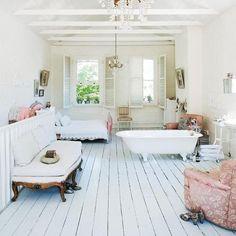 fabulous space (via re:address) #dreamdigs #cozy #home #countrychic