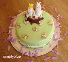 A Moomin cake Great British Bake Off, Cake & Co, Cake Art, Tea Cakes, Cupcake Cakes, Beautiful Cakes, Amazing Cakes, 21st Cake, Fondant Figures Tutorial