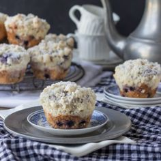 Best Blueberry Muffins, with Buttery Crumb Streusel. Light & Moist, and Easy to Make! Perfect for Mom's Breakfast.