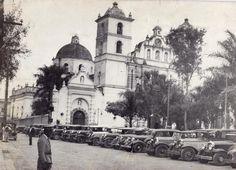 Catedral Taxis Parque Central Catedral Tegucigalpa, Honduras, 1920