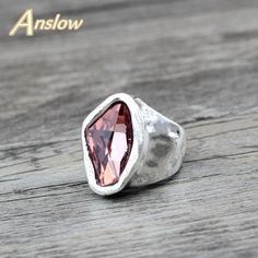 Anslow Original Design Fashion Jewelry Vintage Irregular Crystal Couples Love Rings For Women Valentine's Day Gift - To buy again Vintage Rings, Vintage Jewelry, Gold Finger Rings, Blue And Green, Twist Ring, Moda Vintage, Types Of Rings, Love Ring, Gift For Lover