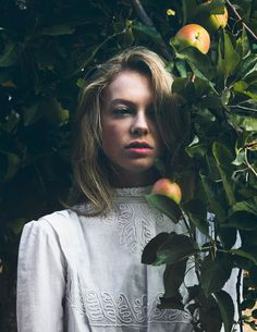 Lauren | Eva Kolenko Photography #character #setting
