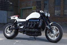 "Racing Cafè: Triumph Rocket III ""The Devils Arrow"" by Rock'n'Ride"