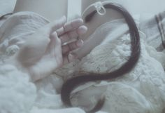 laura makabresku: dark letter from F.
