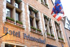 Situated in the heart of Bruges and often awarded, the Prinsenhof Hotel is an oasis of peace, comfort and relaxation. Best Boutique Hotels, Bruges, Oasis, Relax, Neon Signs, Peace, Luxury, Sobriety, World