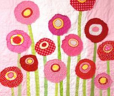 poppy quilt. would be beautiful with green background, red poppies and black centres.