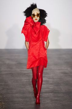 #GarethPugh #Spring #2016 #Fashion #Show #Spring2016 #lfw #London #Fashionweek via @TheCut