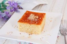 Sweet semolina cake Revani is one of the most common desserts in Turkish cuisine that s served both at home and in restaurants Easy Cake Recipes, Easy Desserts, Dessert Recipes, Semolina Cake, Turkish Sweets, Middle Eastern Recipes, Vanilla Cake, Pasta, Ethnic Recipes