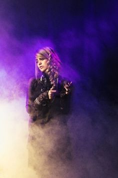 colour gels and a smoke machine, but flour can give a very similar look so don't discount being able to do this style of portrait. It's ideal for a teenager who's into art or music.