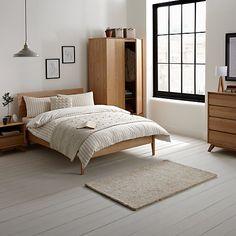 Best Ideas for oak bedroom furniture decor lamps Home Bedroom, Bedroom Interior, Bedroom Cabinets, Furniture, Oak Bedroom Furniture, Bedroom Decor, Home Decor, Bedroom Furniture Online, Bedroom Furniture