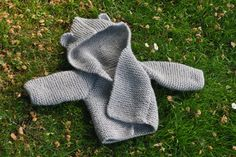 baby bear hooded jacket- free pattern