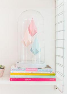 DIY paper crystals | Papieren kristallen & HEMA-stolp, by Zilverblauw