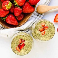 Chia Seeds might just be the perfect low-carb/keto food! They deliver massive amounts of nutrients and antioxidants, not to mention […] Strawberry Chia Seed Pudding, Matcha Chia Pudding, Healthy Fiber, Yummy Food, Tasty, Healthy Deserts, Time To Eat, Low Carb Keto, Keto Recipes
