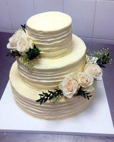 Svatební dort z cukrárny Moje cukrářství Cake, Desserts, Food, Tailgate Desserts, Deserts, Kuchen, Essen, Postres, Meals