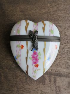 Limoges France Heart Pill Box By Rochard Porcelain by surfshopping