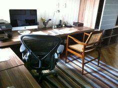Produção de tapete em chenille com listras irregulares para o home office da Arquiteta Elaine Matos