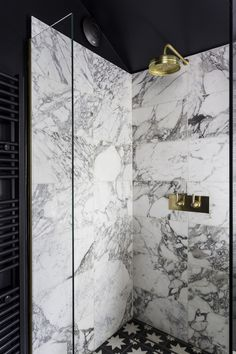 Staggering Corner shower remodeling before and after tips,Master shower remodel before and after tricks and Fiberglass shower remodeling tile ideas. Black And Gold Bathroom, Neutral Bathroom, Masculine Bathroom, Arabescato Marble, Calacatta, Mold In Bathroom, Bathroom Showers, Loft Bathroom, Bath Shower