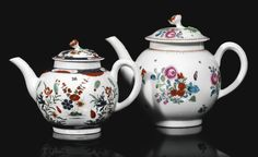 Two Worcester teapots and covers, circa 1765-70 both of globular form, one painted in the 'Kempthorne' pattern, the other painted with six Compagnie des Indes- type flower sprays within iron-red borders, the cover surmounted with a flower finial, the first with square mark in underglaze-blue, the 'Kempthorne' pattern