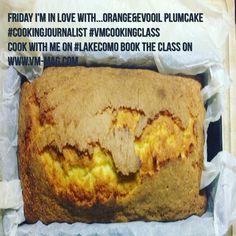 Beh, anche se siete al lavoro, è il momento giusto per parlare di ricette. Oggi vi mostro quella del plumcake all'arancia e olio extra vergine di oliva - che ieri ho realizzato nella versione brunch, al parmigiano reggiano - http://www.vm-mag.com/vm-cooking-class-my-plumcake-with-orange-juice-and-evo-oil-recipe/