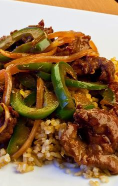 Weight Watchers Pepper Steak Recipe - 5 WW Freestyle Points 5 Smart Points - A low calorie Asian beef recipe steak recipes Ww Recipes, Steak Recipes, Asian Recipes, Cooking Recipes, Healthy Recipes, Dinner Recipes, Recipe For Beef Round Steak, Recipes Using Beef Broth, Hardboiled