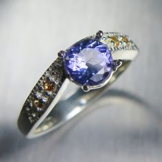 0.85cts Natural Purple Blue Tanzanite & yellow sapphires by EVGAD