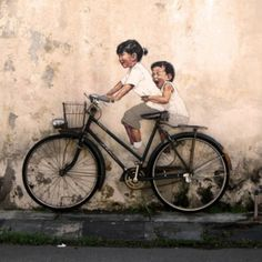 Fun and Interactive Street Art by Ernest Zacharevic