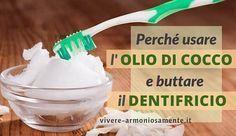 L'olio di cocco per i denti è un ottimo dentifricio naturale. Serve a sbiancare i denti, eliminare placca, carie, batteri e proteggere le gengive. I bambini