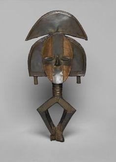 Brooklyn Museum: Arts of Africa: Reliquary Guardian Figure (Mbulu Ngulu)