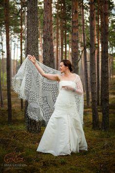 Bridal Shawl, Wedding Shawl, Lace Wedding, Dream Wedding, Wedding Dresses, Lace Knitting, Knit Lace, Knitting Ideas, Knitted Shawls