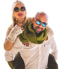 Unisexy knitting patterns  #Malikoo #Snood #fingerlessgloves by @twoofwands  #onlinenow // photos by @filmfoxx