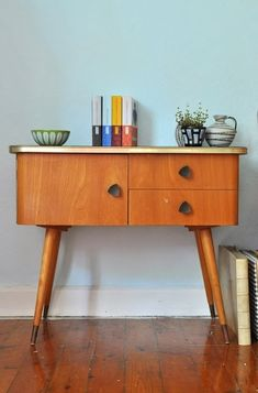 Mid-Century Cabinets Made With Perfect Taste
