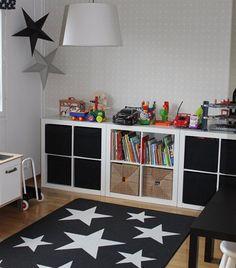 (Spray paint tin stars) Love the star rug Childrens Bedroom Decor, Kids Bedroom, Montessori Toddler Bedroom, White Kids Room, Playroom Design, Toy Rooms, Kid Spaces, Kids Rugs, Star Rug