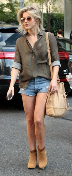 In love with Julianne Hough's relaxed cool look with denim cut offs, booties, and a leather bucket bag.