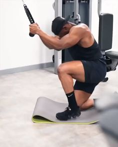 Cable Crunches You are in the right place about abdo. Fit Board Workouts, Fun Workouts, At Home Workouts, Muscle Booster, Ab Day, Best Abdominal Exercises, Body Building Tips, Gym Workout Videos, Workout Fitness