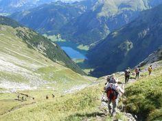 Tannheimer Tal, Österreich: 24-Stunden-Wanderung & Hüttengaudi & Very british