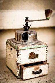 shabby chic' coffee grinder