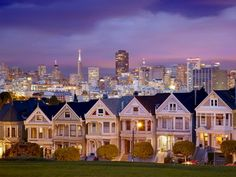 San Francisco Posters and Art Prints - Alamo Square and the Victorian Style Painted Ladies Homes, San Francisco, California