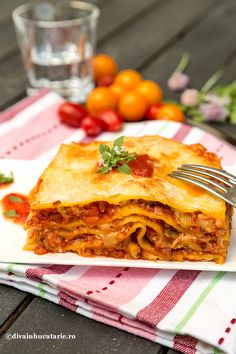 Romanian Recipes, Romanian Food, Penne, Fish Recipes, Mozzarella, Goodies, Food And Drink, Ethnic Recipes, Sweet Like Candy