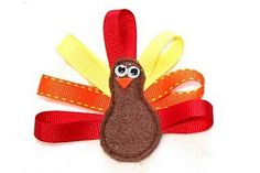 Turkey Hair Bow-This would be cute on a headband for the baby this Thanksgiving.